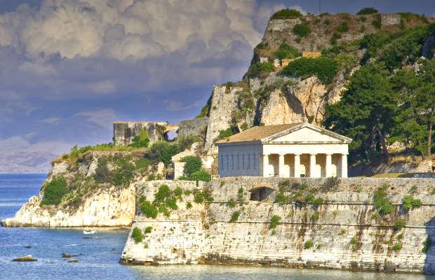 Korfu – rajska wysepka dla głodnych wrażeń